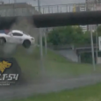 A man driving his Porchse Cayman S was the victim of an incredible accident in the city of Novosibirsk in Russia. In bad weather and on a wet highway, the […]