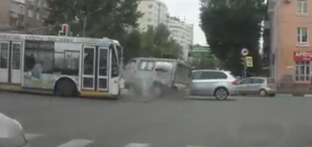 Three different accidents in 30 seconds in one intersection in Russia…
