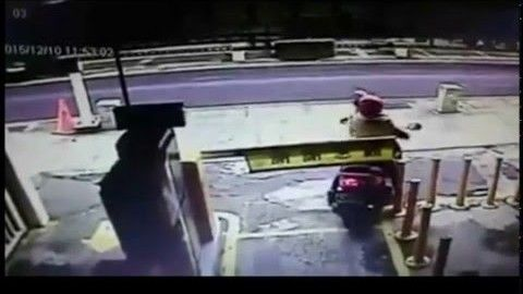 Epic Scooter Fail! This biker avoids paying for parking and crashes immediately.